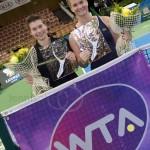 Demi Schuurs en Ysaline Bonaventure Winnen Katowice Open 2015 4906