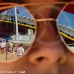 Umag 2017 Meisje met spiegelbril stadion 6168a
