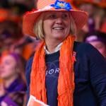 NL fans FC NL WR 2384